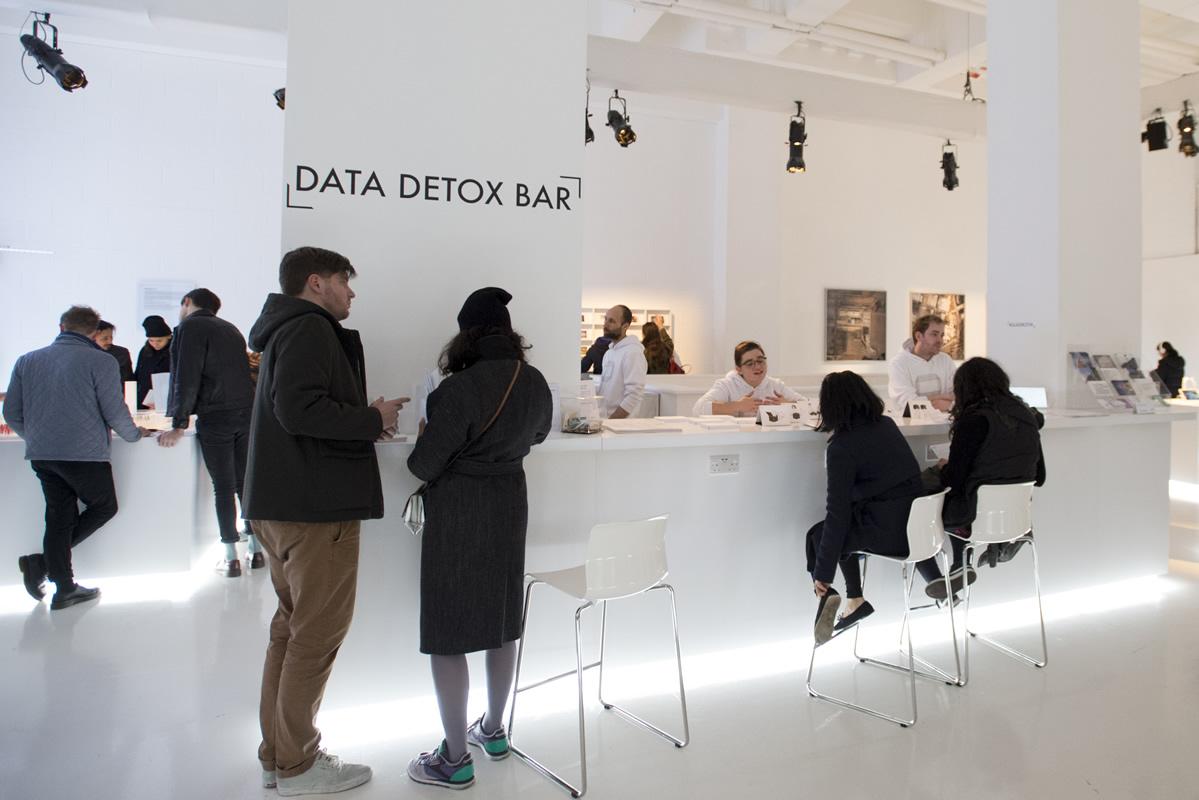 Data Detox Bar