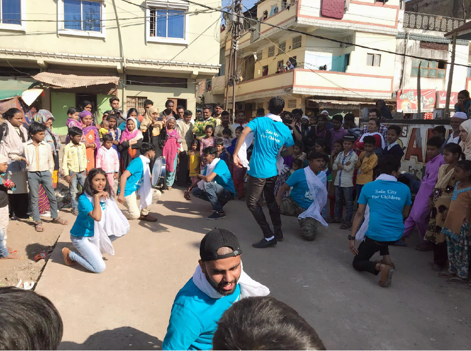 UNICEF India - Volunteers campaign to end child marriage using Street theatre